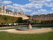 Jules Hardouin-Mansart: Paris, Place des Vosges, 1606-1612