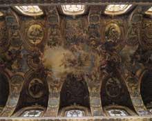 Antoine Coypel: fresques du plafond de la chapelle royale du château de Versailles. 1709