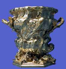 Thomas Germain (21673-1748): seau à bouteille. 1727-1728. Paris, Musée du Louvre