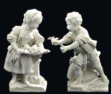 Paire de biscuits en porcelaine de Vincennes. Vers 1753. XVIIIe siècle. 21,5 cm et 21 c