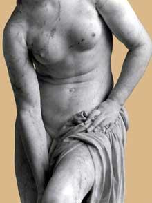 Christophe Gabriel Allegrain (21710-1795): Vénus au bain, détail. Vers 1767. Marbre, 174 cm. Paris, Musée du Louvre