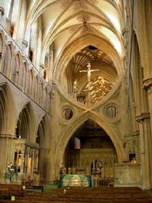 Cathédrale de Wells: la nef et la célèbre arcade
