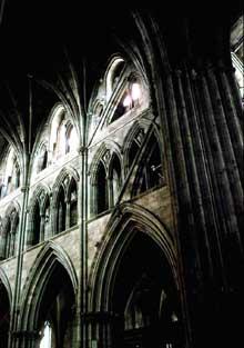 Worcester: la cathédrale. Croisée