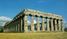 Paestum: la Basilique, ou temple de Héra I. (Art grec)