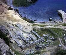 Ruines du sanctuaire d'Héra à Pérachora, golfe de Corinthe. VIIIè siècle avant JC. (Art grec)