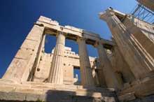 Athènes: les Propylées de l'Acropole. (Art grec)