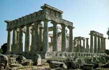 Egine: le temple d'Athéna Aphaia. (Art grec)