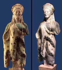 Korê 675 de l'Acropole, sans doute oeuvre d'un artiste de Chios. Vers 520 avant JC. Marbre, hauteur: 56,6cm. Athènes, Musée de l'Acropole. (Art grec)