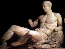 Phidias: Athènes, le Parthénon: le fronton est: côté sud: Dionysos. 447-432 avant JC. Marbre du Pentélique. Londres, British Museum. (Art grec)