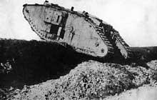 Char britannique en action lors de la bataille de Cambrai