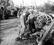 Convoi de blessés français lors de la grande offensive allemande de mars 1918
