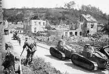 Le char Renault FT 17 est massivement engagé lors de la seconde bataille de la Marne