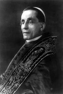 Le pape Benoît XV (1554-1914-1922
