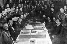 3 mars 1918 : signature de la paix de Brest Litovsk entre les bolcheviks de Lénine et le Reich alleman