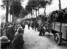 Les troupes américaines montent en ligne lors du « Friedensturm » du 18 juillet 1918