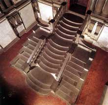 Michel Ange: escalier de la bibliothèque laurentine, Florence. 153