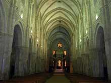 Casamari: église abbatiale, intérieur