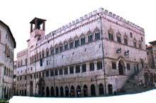 Pérouse: le palais communal ou «palazzo dei Priori