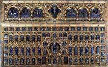 Art byzantino-gothique: la Pala d'Oro de Venise. Réalisée au XIVè avec des éléments datant du Vè au XIIIè siècle. Venise, Saint Marc
