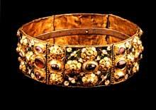Trésor d'Agilulf, roi de Lombardie (590-616): la couronne du trésor de Monza