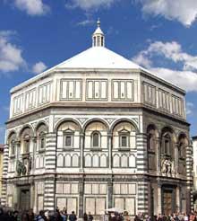 Florence: le baptistère saint Jean sur la place du Dôme