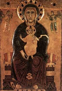 Madone aux grands yeux. Vers 1220-1230. Tempera sur panneau de bois. Sienne, Musée de l'œuvre du Dôme