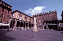 Vérone: le Palazzo del Consiglio. (Histoire de l'art - Quattrocento