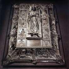Antonio Pollaiuolo (1431-1498): Monument funéraire de SixteIV. 1484-1493. Bronze. Rome, basilique saint Pierre du Vatican. (Histoire de l'art - Quattrocento