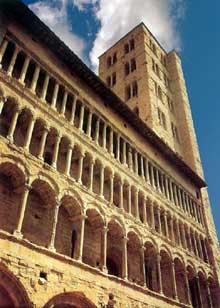 Arezzo: santa Maria della Pieve, XII-XIIIè