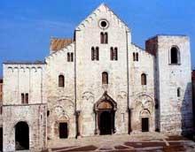 Bari: la basilique saint Nicolas. 1087ss