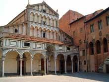 Pistoia: la cathédrale San Zeno, la nef, XIIè