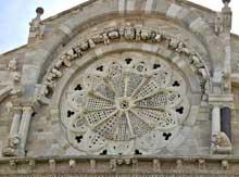 Troia: cathédrale, XIIè. La grande rose