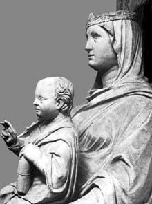 Arnolfo di Cambio: madone et enfant, détail. 1296-1302.Marbre. Flornece, Musée de l'œuvre du dôme