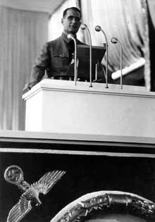 Rudolf Hess, représentant du Führer dans le parti, « Stellvertreter des Führers in der Parteiführung »