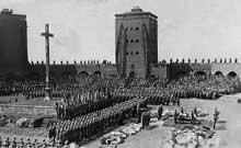Enterrement du président Paul Von Beneckendorff und Von Hindenburg dans le mémorial de Tannenberg, le 7 août 4934