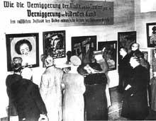 L'exposition « Entartete Kunst » ou « art dégénéré »