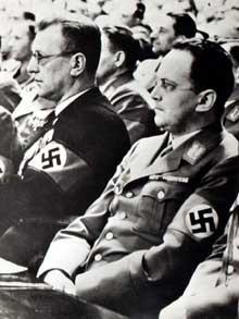 Arthur Seyss Inquart et Konrad Henlein