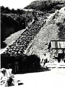 Le camp de concentration de Mauthausen et le terrifiant escalier de la carrière