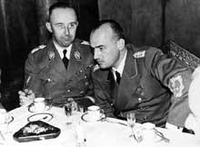 Hans Frank, le « Generalgouverneur ». Ici, avec <a class=