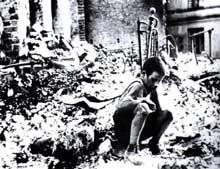 Varsovie en septembre 1939, victime du « Blitz »