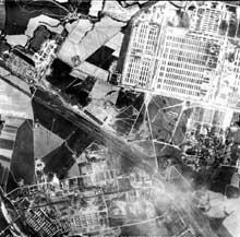 Auschwitz-Birkenau: vue aérienne prise par l'US Air Force
