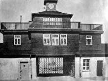 Buchenwald : L'entrée du camp