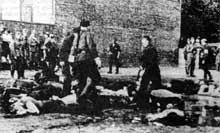 Kovno: les auxiliaires lituaniens massacrent les juifs en juin 1941
