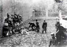 Lezno, Pologne 1939: des Polonais viennent d'être exécutés par les Allemands des tous premiers Einsatzgruppen