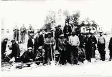 Gabin: groupe de Juifs du ghetto aux travaux forcés