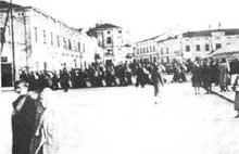 Tomaszow Mazowiecki: Juifs au travail forcé. 1940