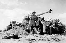 Bataille d'El Alamein, août 1942. Une pièce de 88 détruite