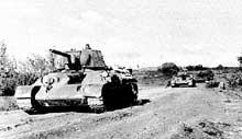 Chars russes, juillet 1943, lors de la terrible bataille de Koursk