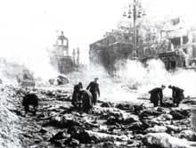 13 février 1945 : Dresde bombardée. 135 000 morts au moins. Certains historiens parlent de 250 000 victimes