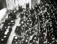 L'assemblée nationale au casino de Vichy, le 10 juillet 1940